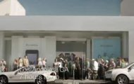 Samsung's New TV Ad - Samsung's New TV Ad Pokes Fun At The iDevotees - Droid Views