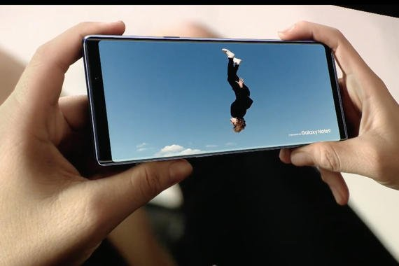 Video Viewing on a notchless phone